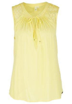 MIT SPITZE - Blouse - light yellow