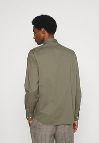 Selected Homme - SLHREGRICK FLEX - Camicia - aloe - 2