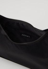 Monki - HILMA BAG UNIQUE - Håndtasker - black - 4