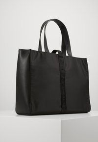 Tommy Jeans - MODERN TWIST TOTE - Tote bag - black