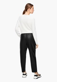 s.Oliver BLACK LABEL - Leather trousers - black - 2