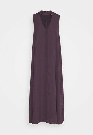 CUTOUT VNECK DRESS - Freizeitkleid - dark plum