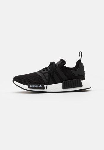 NMD_R1 UNISEX - Joggesko - core black/footwear white