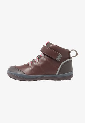 PEU PISTA KIDS - Classic ankle boots - brown