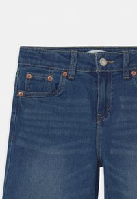 Levi's® - CROPPED WIDE LEG - Jeans Relaxed Fit - blue denim - 2
