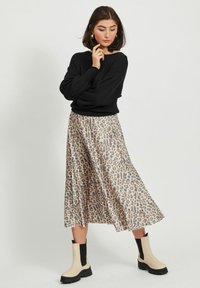 Vila - Pleated skirt - motld beige - 1