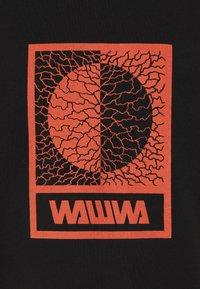 WAWWA - UNISEX TIKSI - Printtipaita - black - 2