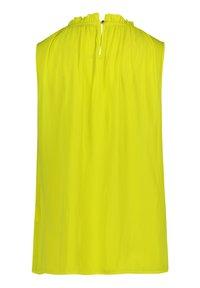 Betty Barclay - MIT GEKRÄUSELTEM AUSSCHNITT - Blouse - neon yellow - 4