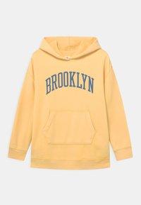 GAP - GIRL - Sweatshirt - havana yellow - 0