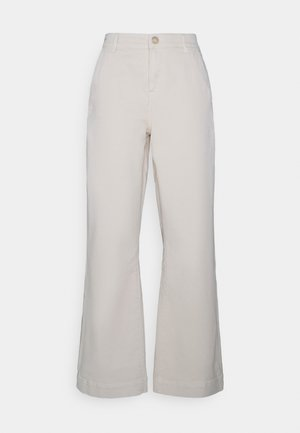 AUGUSTA FLARE PANT VINTAGE - Relaxed fit jeans - ecru