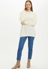 DeFacto - TUNIC - Long sleeved top - beige - 1