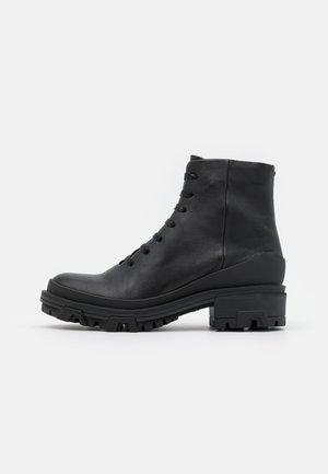 SHILOH HIKER - Platform ankle boots - black