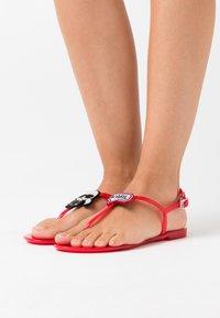 KARL LAGERFELD - JELLY II PIXEL KARL SLING - Pool shoes - red - 0