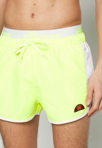 Ellesse - NASELLO - Shorts da mare - neon yellow - 3
