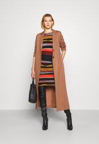 Diane von Furstenberg - SHIRA SKIRT - Mini skirt - black/red/grey - 1