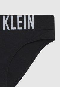 Calvin Klein Underwear - 2 PACK - Briefs - red - 3