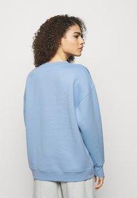 Holzweiler - REGULAR CREW - Sweatshirt - blue - 2