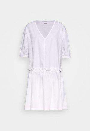 ROBIN DRESS - Sukienka letnia - white light
