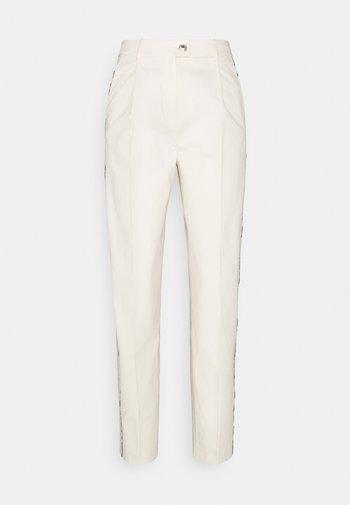BLEND TAPERED ANKLE PANT - Spodnie materiałowe - ivory