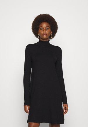 VMHAPPINESS ROLLNECK DRESS - Gebreide jurk - black