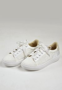 The Perfect Bridal Company - PIA - Trainers - ivory - 3