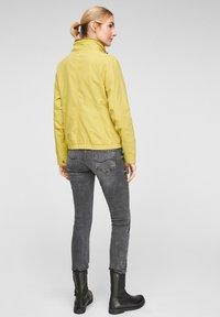 Q/S designed by - Light jacket - pistacchio - 2
