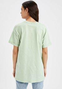 DeFacto - Camiseta básica - mint - 2