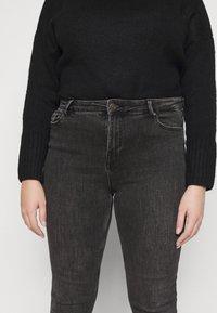 Pieces Curve - PCLILI  - Jeans Skinny Fit - black - 4