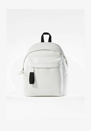 MIT TASCHE  - Reppu - white