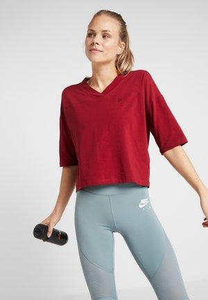 OVERSIZED - Camiseta estampada - rhubarb