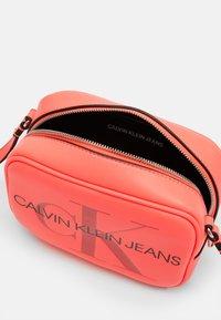 Calvin Klein Jeans - CAMERA BAG - Across body bag - pink - 2