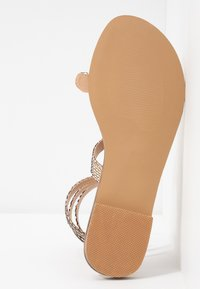 Tata Italia - T-bar sandals - gold - 6