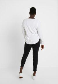 Even&Odd Curvy - Teplákové kalhoty - black - 2