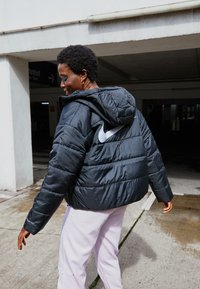 Nike Sportswear - CLASSIC - Winter jacket - black/white - 2