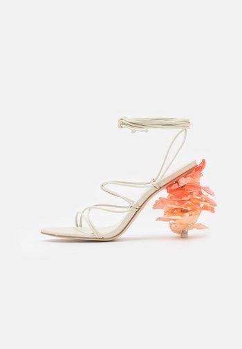EFFIE  - Sandály na vysokém podpatku - offwhite