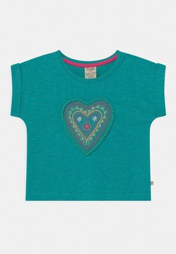 SOPHIA SLUB LOVE HEART - Print T-shirt - jewel