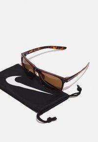 Nike Sportswear - ENDURE UNISEX - Sunglasses - tortoise/light bone/brown - 2