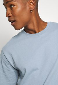 Topman - 3 PACK - Basic T-shirt - black/grey/blue - 7