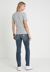 Tommy Hilfiger - LUCY  - Basic T-shirt - grey - 2