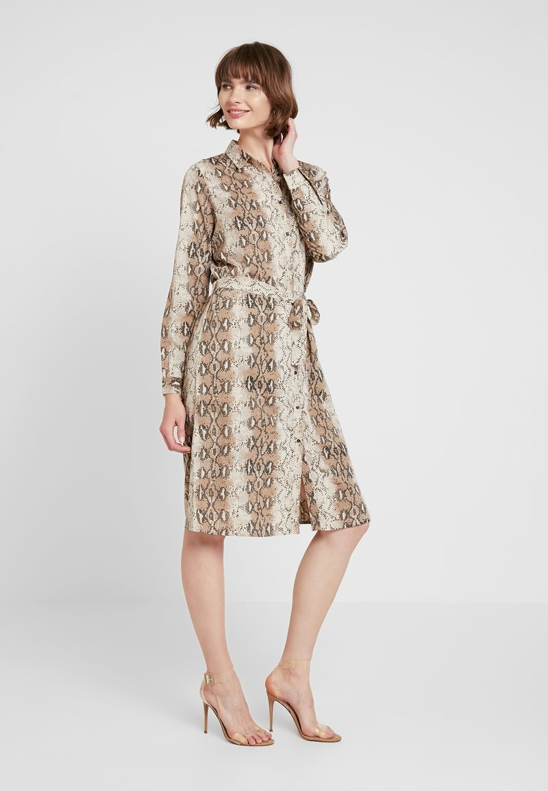 ICHI - IXVERO - Shirt dress - tapioca