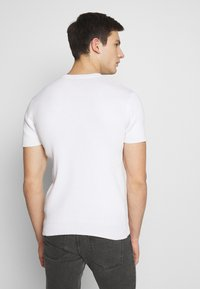 FAKTOR - PAUL TEE - Basic T-shirt - white - 2