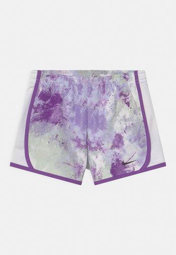 SKYDYE TEMPO  - Shorts - purple chalk