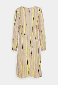 mine to five TOM TAILOR - DRESS PRINTED PLEAT DETAIL - Day dress - yellow/beige - 1