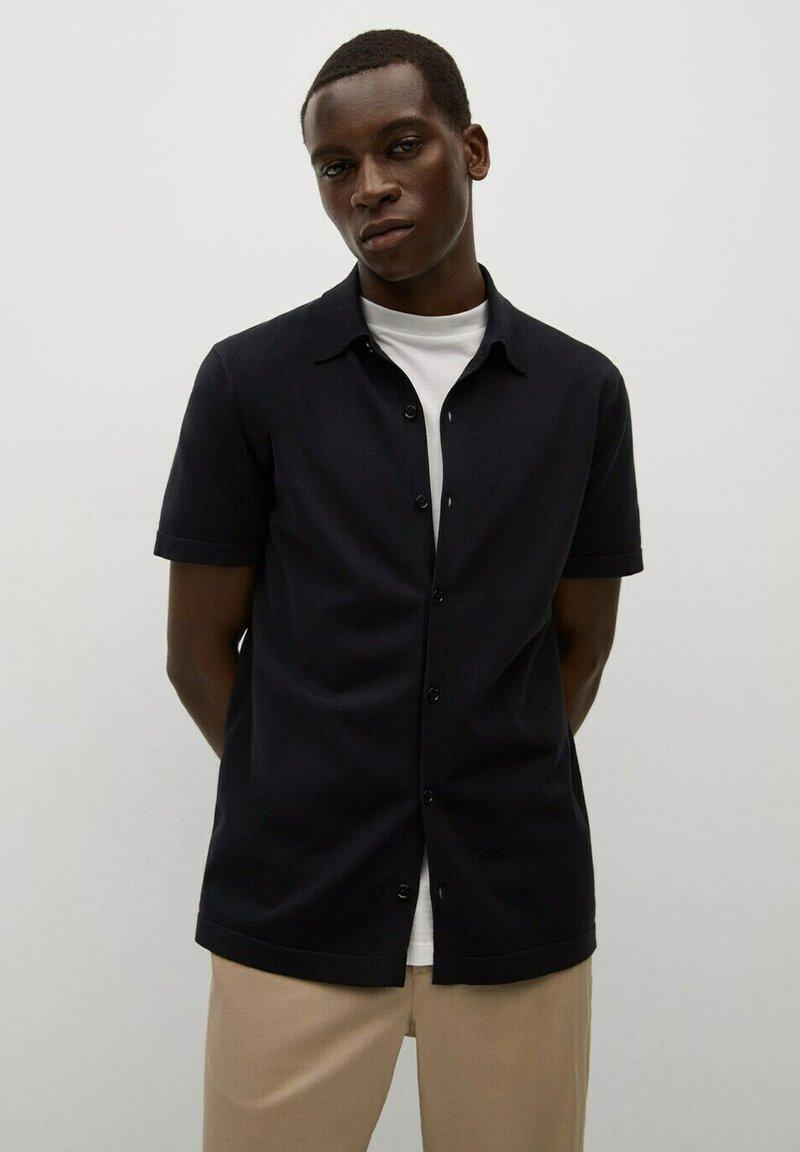 Mango - TECHNO - Overhemd - czarny