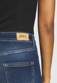 ONLY - ONLBLUSH LIFE - Jeans Skinny Fit - dark blue denim - 4