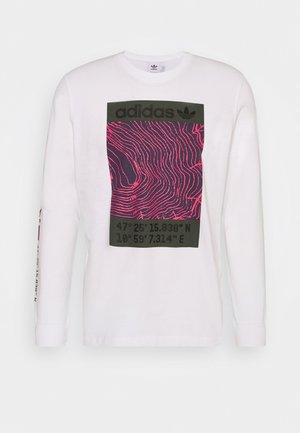 TEE - Langærmede T-shirts - white