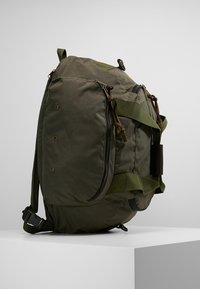 Filson - DUFFLE BACKPACK - Rucksack - ottergreen - 3