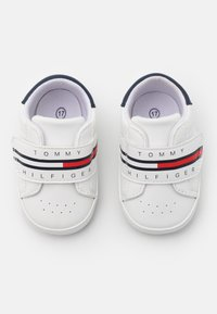 Tommy Hilfiger - First shoes - white - 3