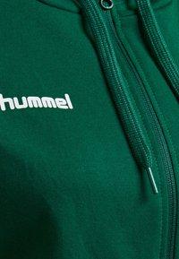 Hummel - HMLGO - Zip-up hoodie - evergreen - 3