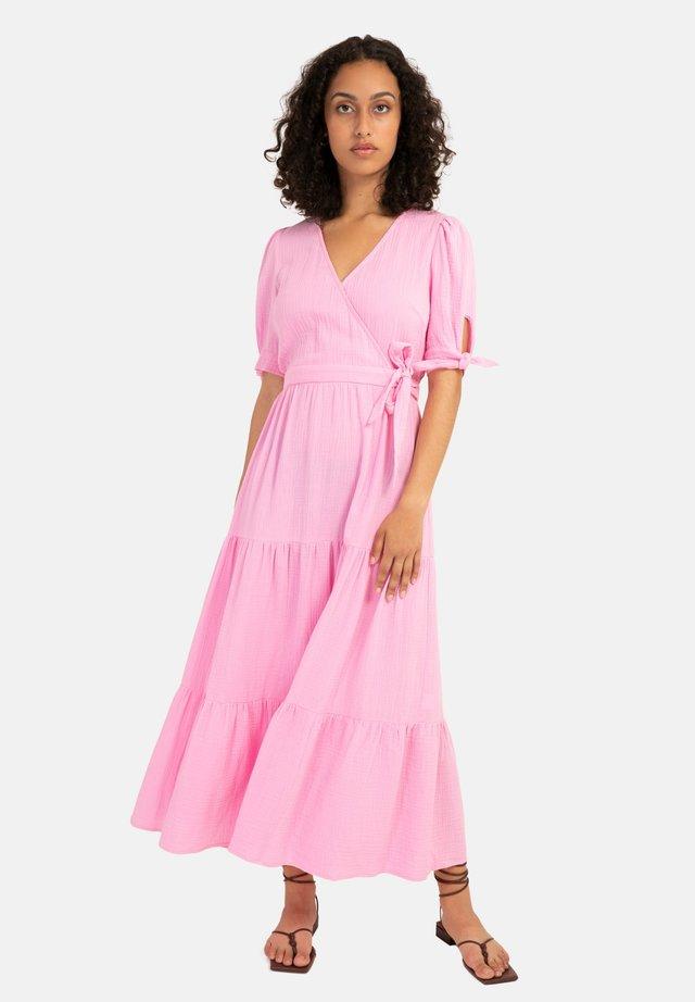 ARUM - Korte jurk - pink